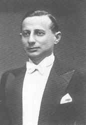 Павел Михайлов