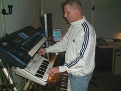 DJ Eremit & R.O.N.A.M