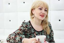 Adriana Ochisanu
