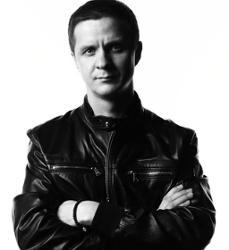 Дмитрий Хмелев