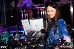 DJ Julia Belle