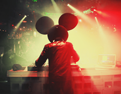 Deadmau5 feat. Chris James