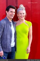 Julianne Hough & Tom Cruise