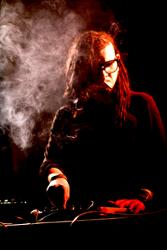 Skrillex feat Wolfgang Gartner