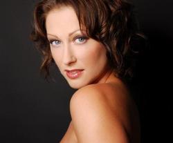 Faye Tozer
