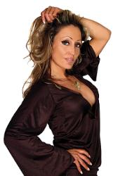 Kelly Llorenna