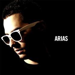 Arias Feat. Sandy Vee