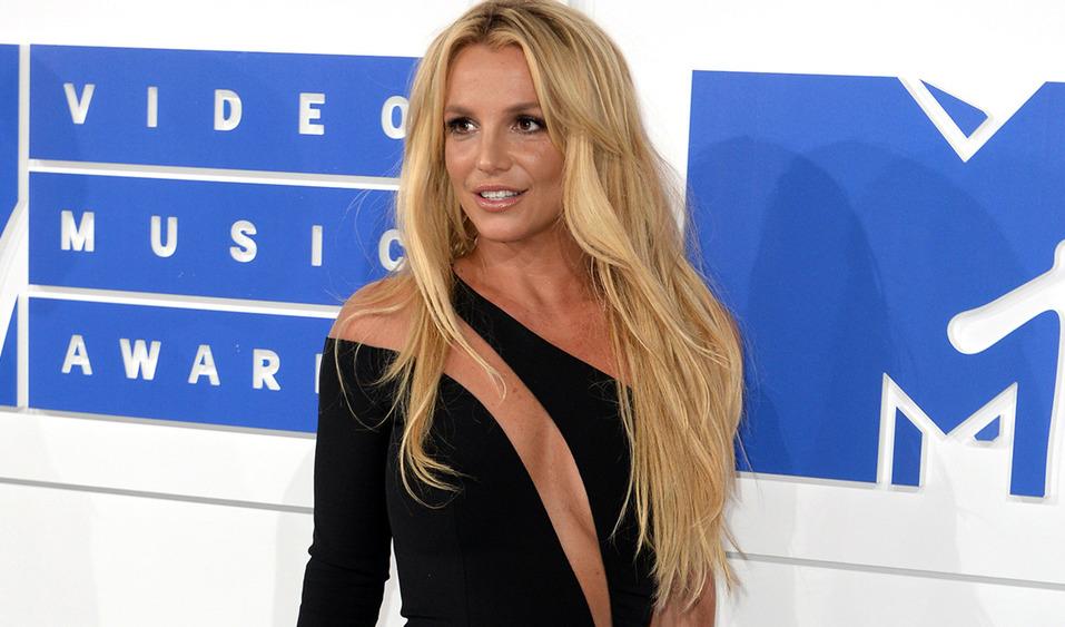 Бритни Спирс удалила Instagram и не на шутку напугала фанатов