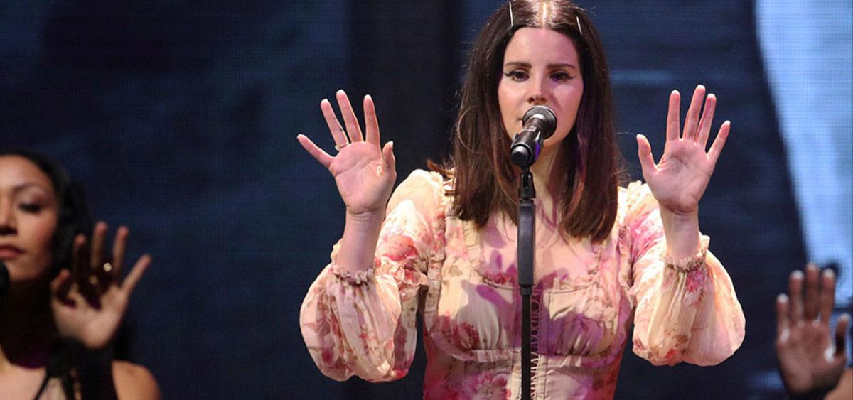 Лана Дель Рей обвинила Лорд в плагиате: сравни песни!