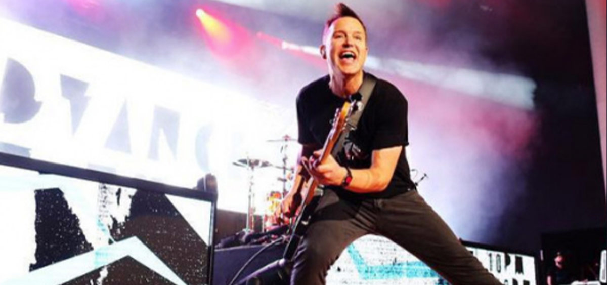 Вокалист Blink-182 Марк Хоппус победил рак!