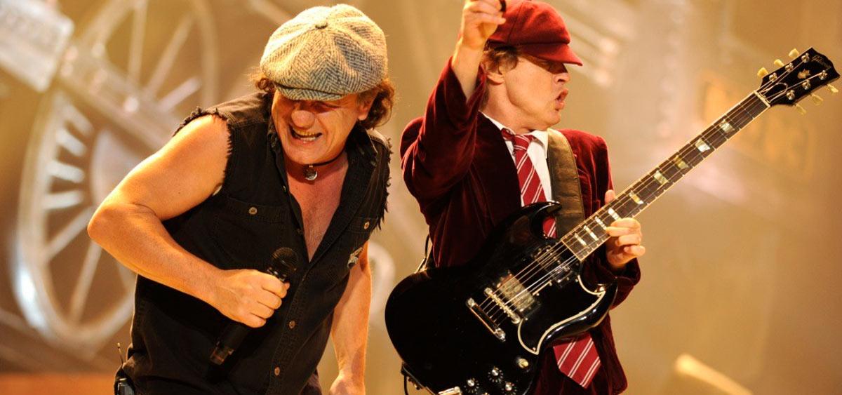 В новом клипе AC/DC провели экскурсию по музею рок-н-ролла