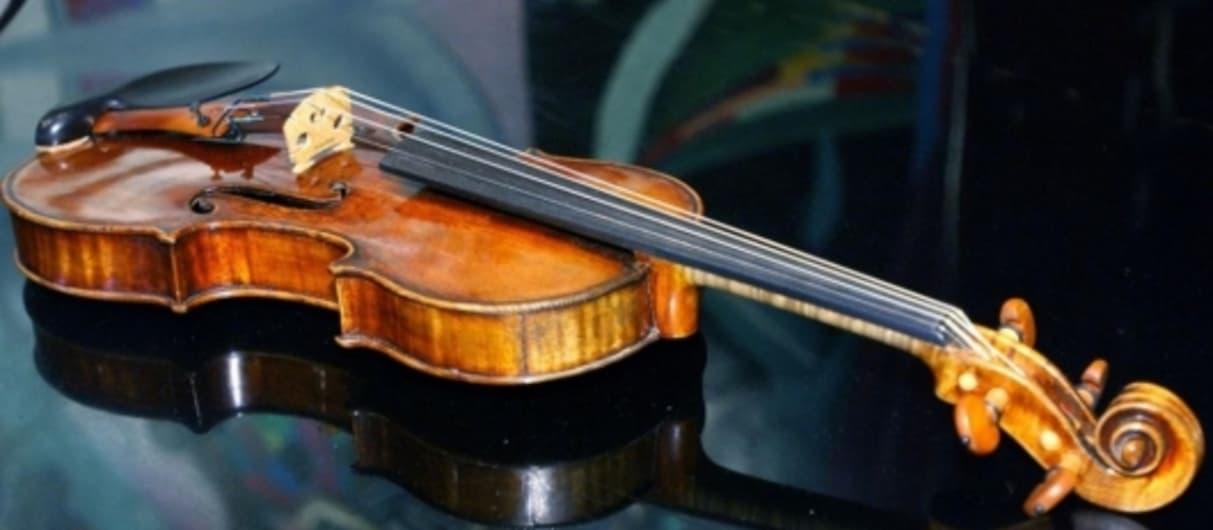 Из Молдавии пытались вывезти скрипку за 2 миллиона евро