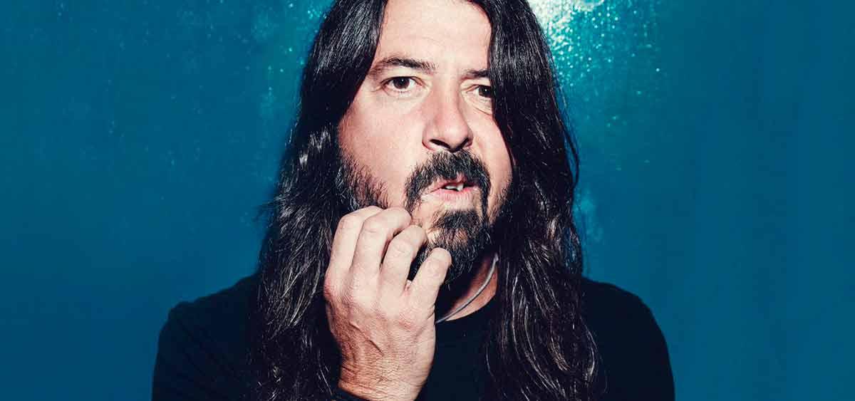 Лидер Foo Fighters Дейв Грол выпускает книгу сказок о жизни и музыке