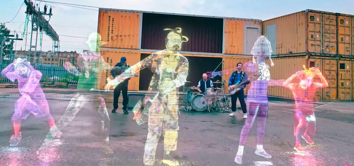 Coldplay подключились к МКС и презентовали новый клип
