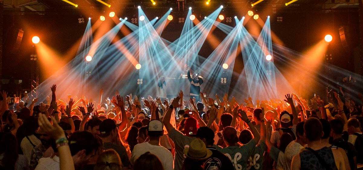 Топ самых крутых фестивалей лета 2021 в России. Какие отменили, а куда еще можно успеть? СПИСОК!
