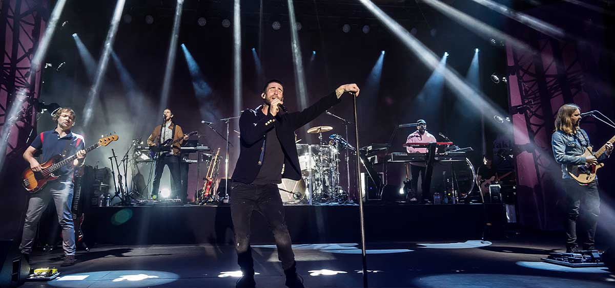 Сегодня Maroon 5 выпускают альбом в память о своем менеджере