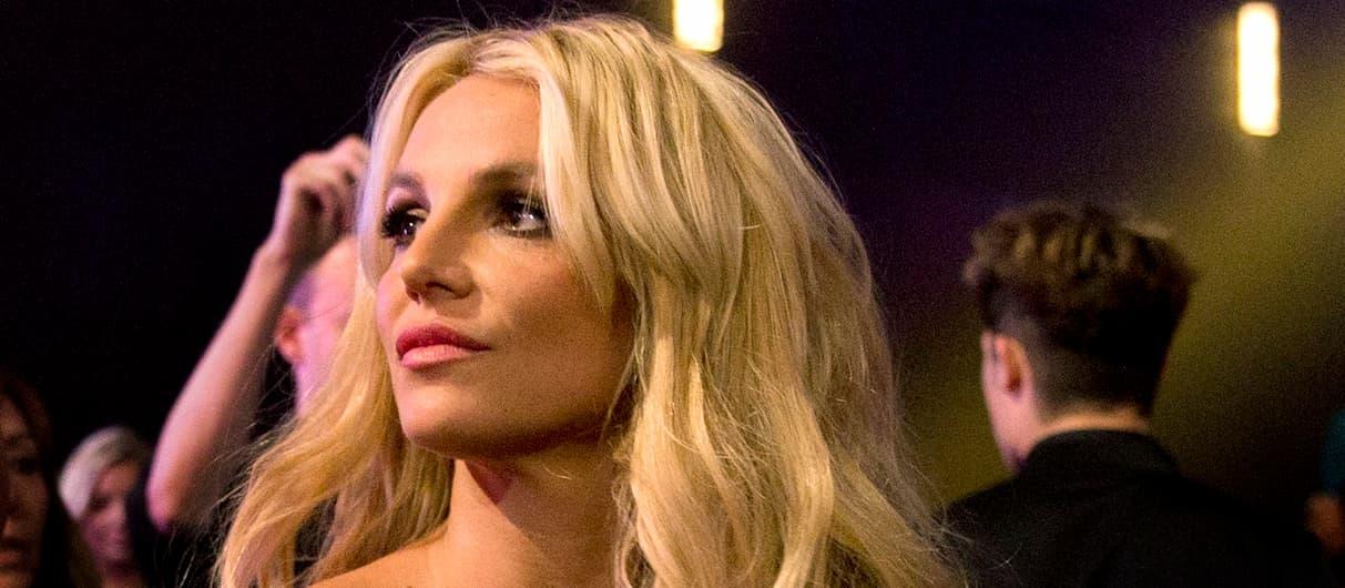 Бритни Спирс: мой отец и менеджер должны сидеть в тюрьме!