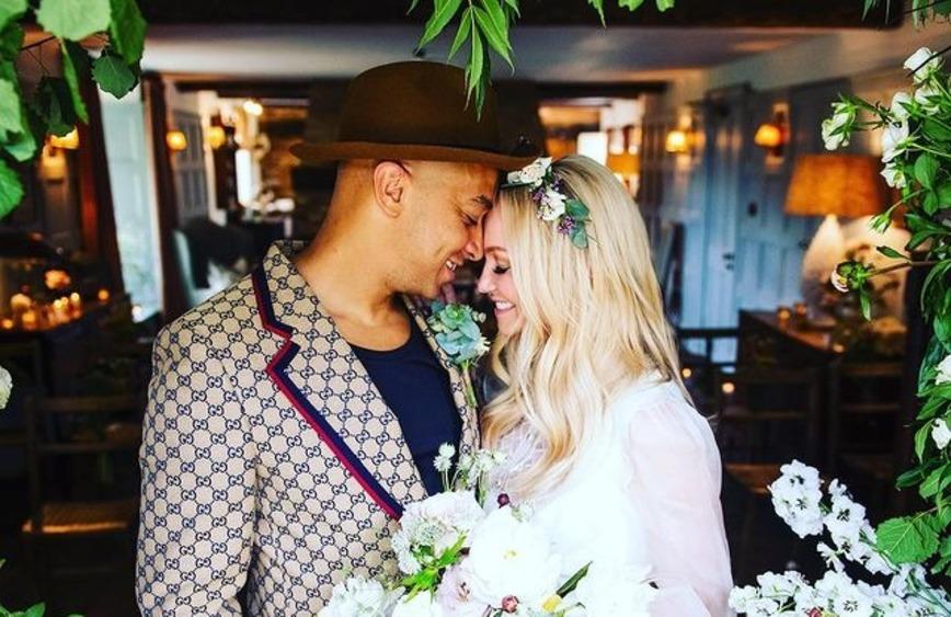 Участница Spice Girls Эмма Бантон вышла замуж