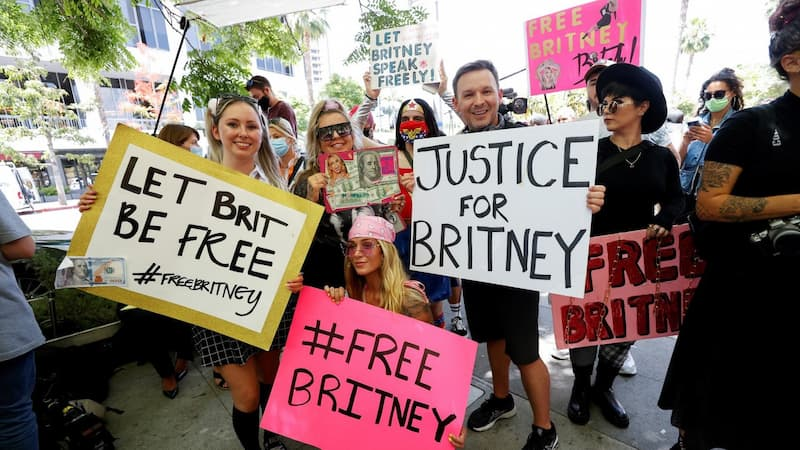 Протест в поддержку Бритни Спирс