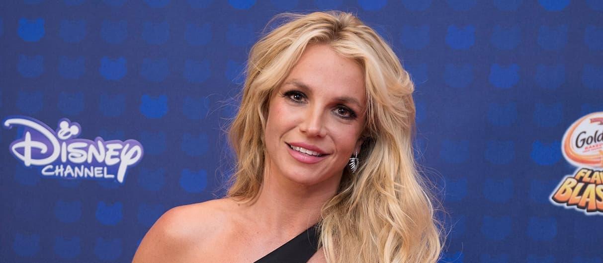 Бритни Спирс отказалась давать концерты, пока ее контролирует отец
