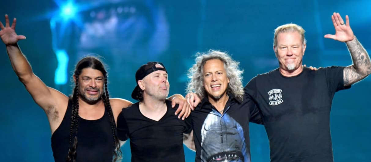 "Metallica и Vans выпустят кеды к 30-летию ""Black Album"""