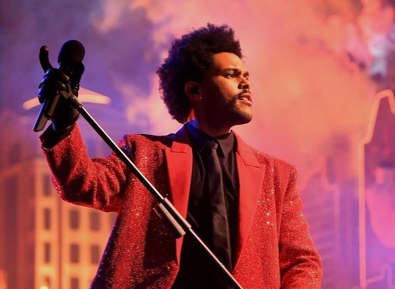 The Weeknd ждет награда за благотворительность