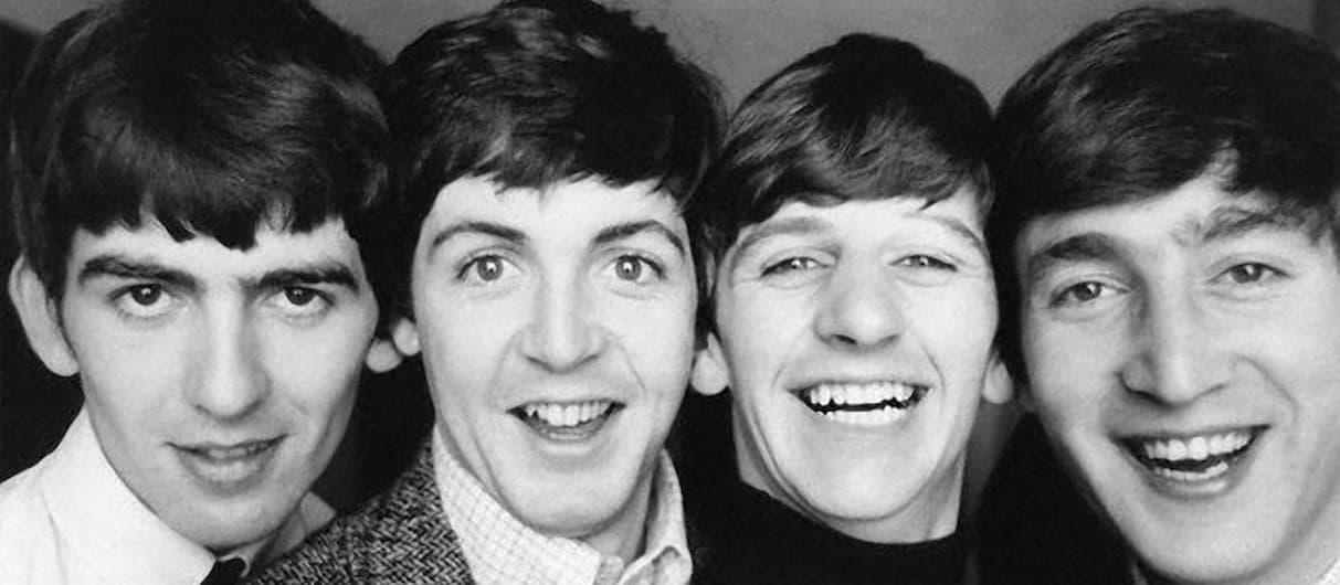 Рукописи The Beatles выставили на аукцион