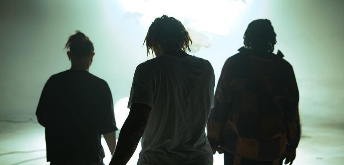 """Золотое трио: Skrillex, Джастин Бибер и Дон Толивер в """"Don't Go"""""""