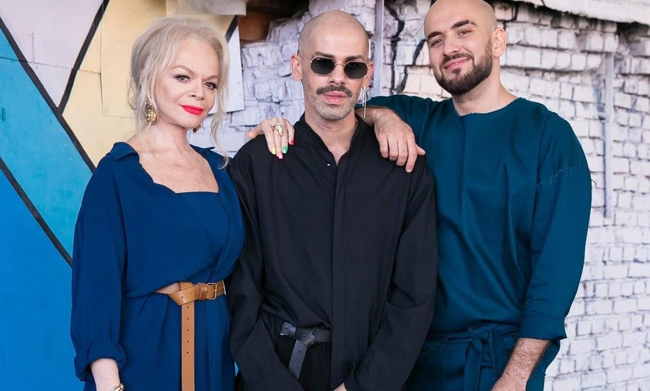"Намек поняли: Лариса Долина и ""Давинчи"" выпустили клип"