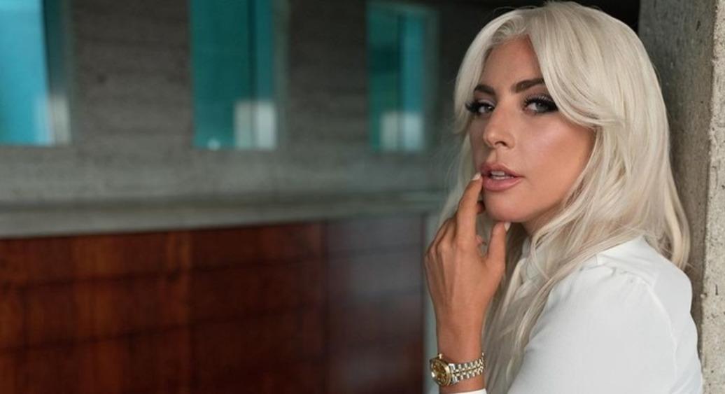 """Леди Гага перевыпустит прошлогоднюю """"Chromatica"""""""