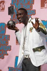 Akon Feat. Nasri