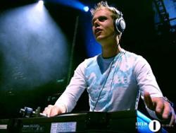 Armin Van Buuren Pres. Perpetuous Dreamer
