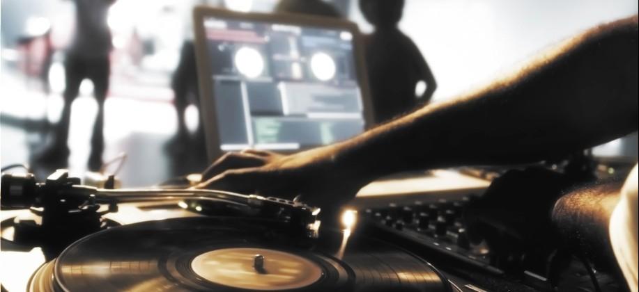 Самая популярная электронная музыка за апрель 2014